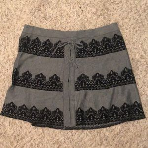Black and grey skirt from the brand candies